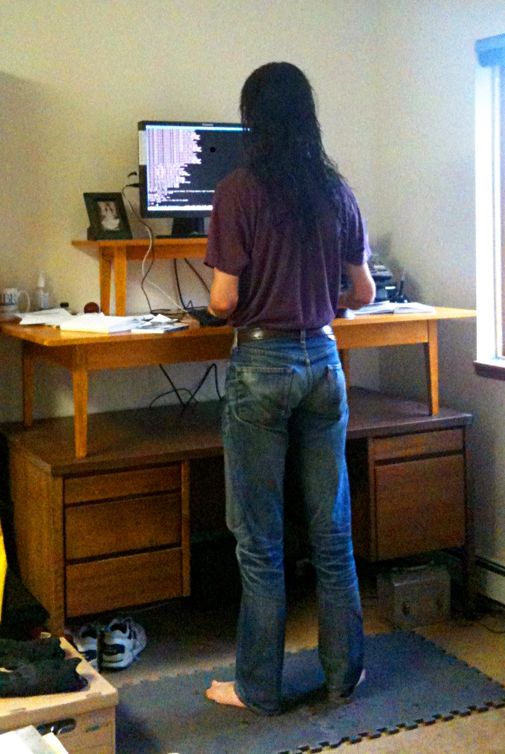 Standing Desk Viewing Gallery