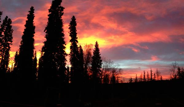 //media.swingleydev.com/img/photolog/2012/09/chinook_sunrise_600.jpg
